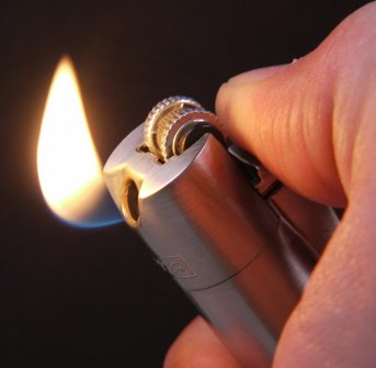 Clipper Pfeifenfeuerzeug Metall silberfarben sortiert  Sz