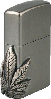 "Org.ZIPPO cr.Emblem seitlich ""Cannabis""2000561"