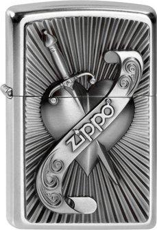 "Org.ZIPPO str.cr. Plakette ""Heart with Sword"" 2003969"