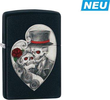 "Org.ZIPPO schwarz color ""Skull Couple Heart"" 60004392"