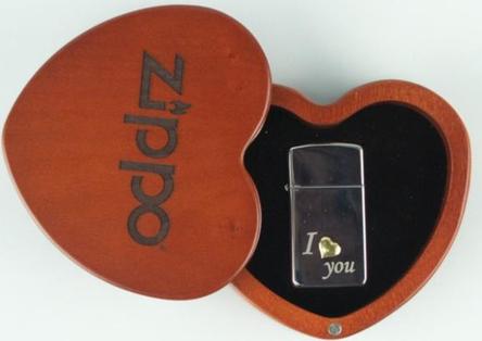 "Org.ZIPPO SLIM cr. pol.""I love You"" mit Herz Ha"