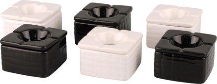 Windascher Keramik quadratisch schwarz+weiss sortiert  9x9cm